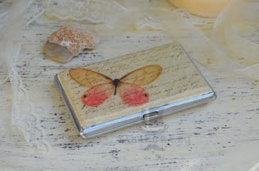 Дамска табакера с пеперуда
