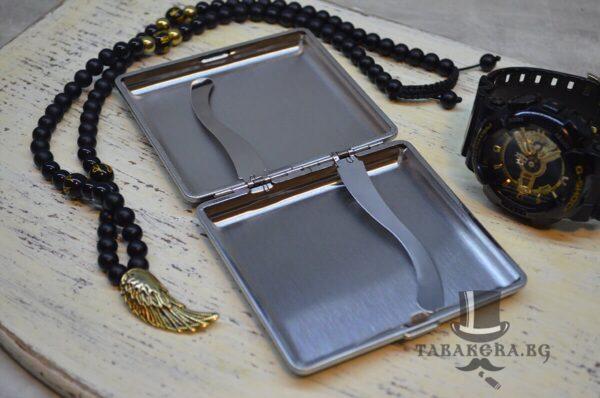 luksozna kojena tabakera s metalen darjach