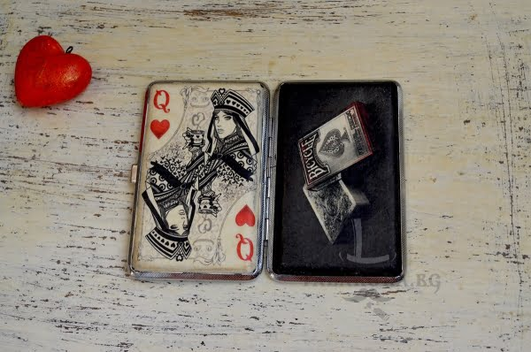 tabakera za kartoigrach dama kupa