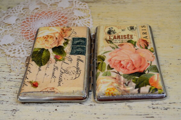 romantichna tabakera s rozi rychna izrabotka